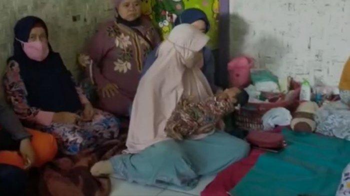 Siti Jainah Masih Syok, Sudah 4 Bulan Menjanda Tiba-tiba Melahirkan Bayi Tanpa Merasa Hamil